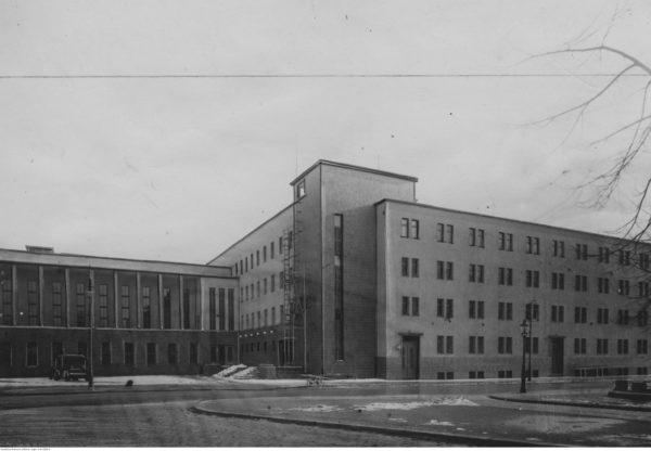 Dom Żołnierza im. Marszałka Józefa Piłsudskiego w Poznaniu, 1939 r. Źródło: Narodowe Archiwum Cyfrowe