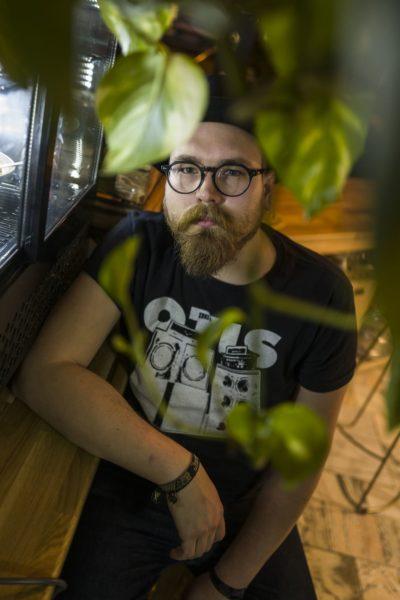 Jędrek Wawrzyniak wokalista grupy Red Scalp
