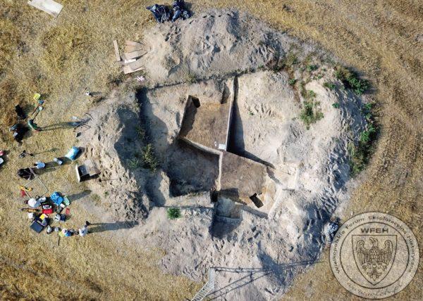 Zdjęcie obozu z drona, fot. z Archiwum stowarzyszenia WFEH.pl