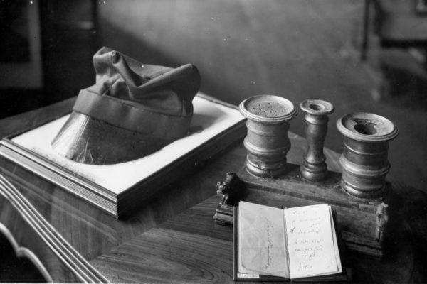 Czapka, notatnik i kałamarz Karola Marcinkowskiego, Wielkopolskie Muzeum Wojskowe, 1932