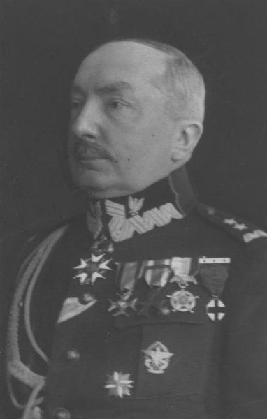 Kazimierz Raszewski, generał dywizji WP, fotografia portretowa, fot. Narodowe Archiwum Cyfrowe