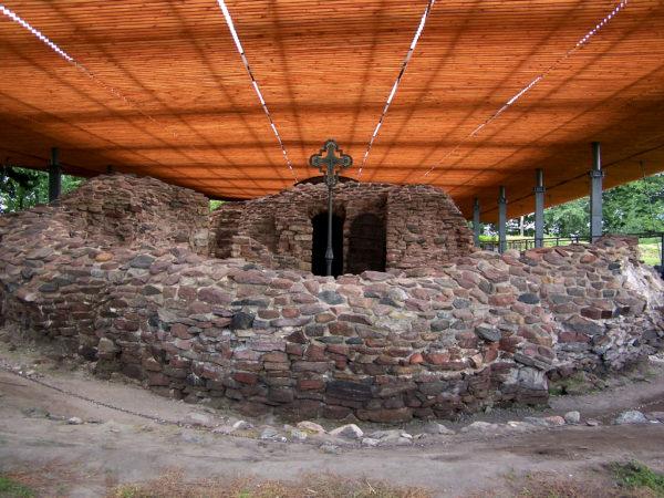 Palatium na Ostrowie Lednickim, fot. Muzeum Pierwszych Piastów na Lednicy