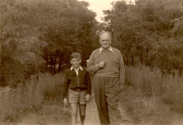 Hejmowski z bratankiem swojej drugiej żony Zbigniewem, lata 60., fotografia ze zbiorów Zbigniewa Standara
