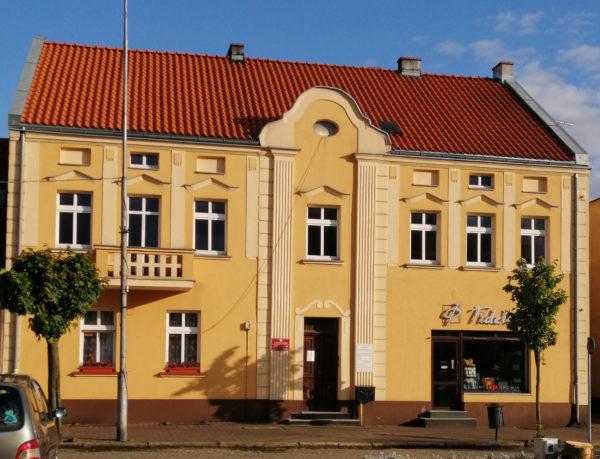 Kamienica nr 35 na szamotulskim rynku, obecnie, fot. Monika Romanowska-Pietrzak