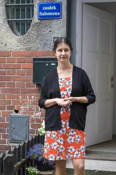Julia Sienkiewicz Wilowska, kuratorka wystawy związanej z rabinem Akivą Egerem i śladami kultury żydowskiej w Mirosławcu, fot. Dawid Tatarkiewicz