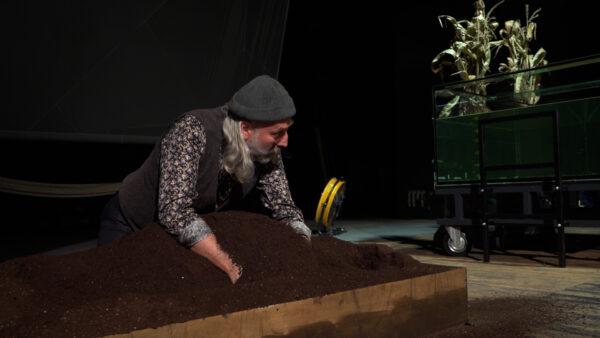 Kamionna. Opowieści rodzinne, Teatr Fredry w Gnieźnie, fot. Rafał Cielek
