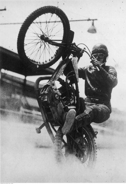 Zawody motocyklowe w Sydney 1938 r., fot. ze zbiorów NAC
