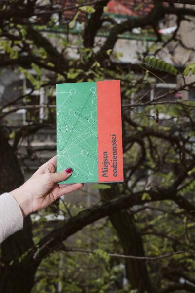 """Miejsca codzienności, fot. K. Daszowski, Galeria Miejska """"Arsenał"""" w Poznaniu, 2020"""