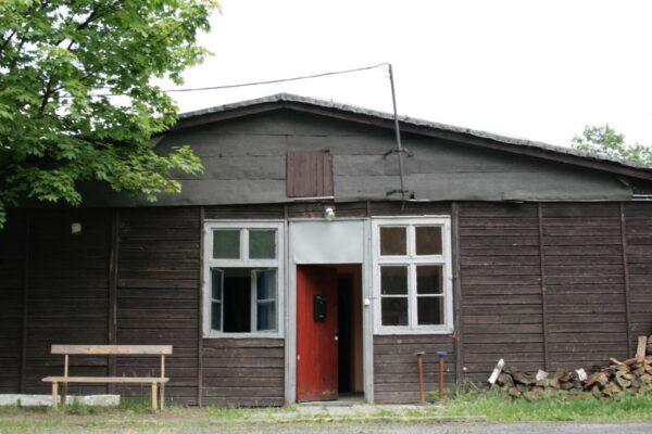 Wejście do Baraku Kultury, ul Grunwaldzka w Poznaniu, fot. Barak Kultury