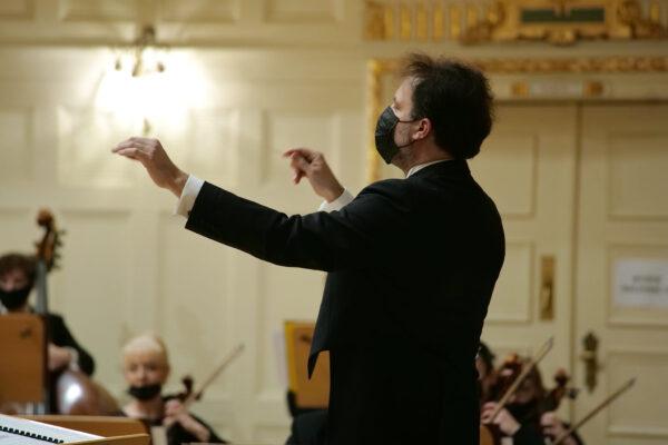 Łukasz Borowicz podczas koncertu inauguracyjnego Poznańskiej Wiosny Muzycznej, fot. A. Hoffmann
