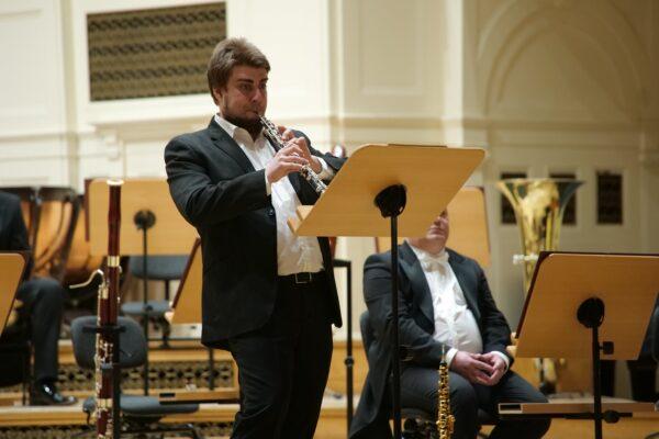Jakub Kaszuba podczas koncertu inauguracyjnego Poznańskiej Wiosny Muzycznej, fot. A. Hoffmann