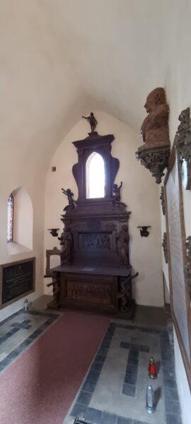 Wnętrze kaplicy grobowej Engestromów, fot. Emilian Prałat