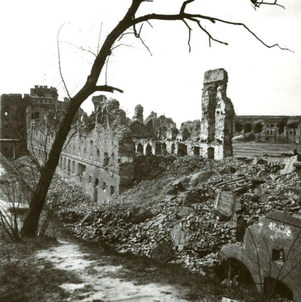 Ruiny Cytadeli, fot. Instytut Pamięci Narodowej