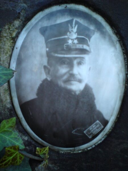 Porcelanka Jana Makysmiliana Choińskiego - powstańca styczniowego. Zbiory Macieja Błachowicza